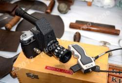 fotocamera per macrofoto con comando flessibile