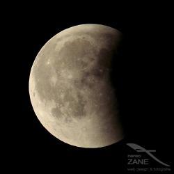 Eclissi totale di luna 27/07/2018