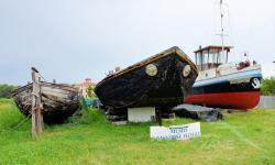 Peata, Burcio e rimorchiatore. Area esterna del Museo della Navigazione - Battaglia T.